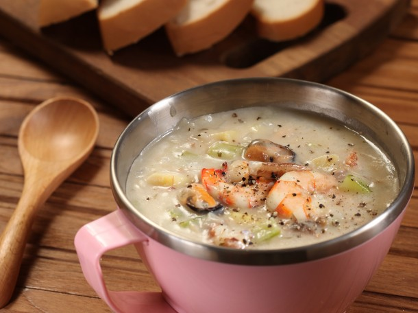 海鲜浓汤<br>Mixed Seafood Chowder