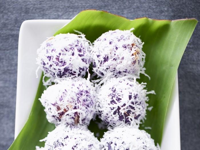 紫番薯糖浆糯米糍<br>Sweet Potato Ondeh Ondeh