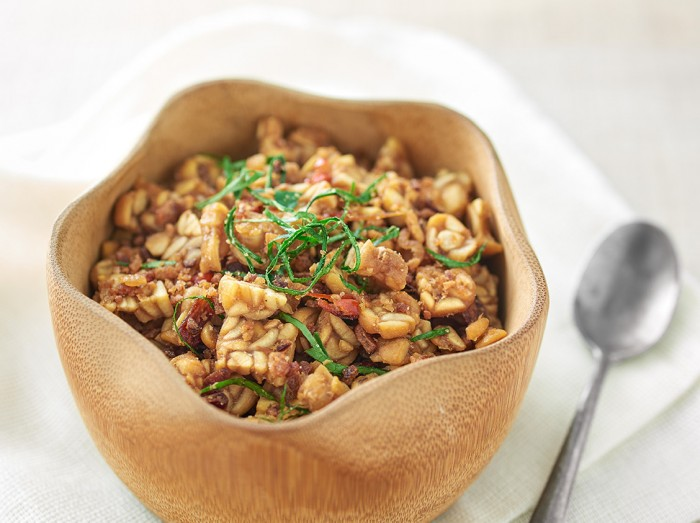 印尼香辣黄豆饼炒虾米<br>Indonesian Spicy Tempe With Dried  Prawns