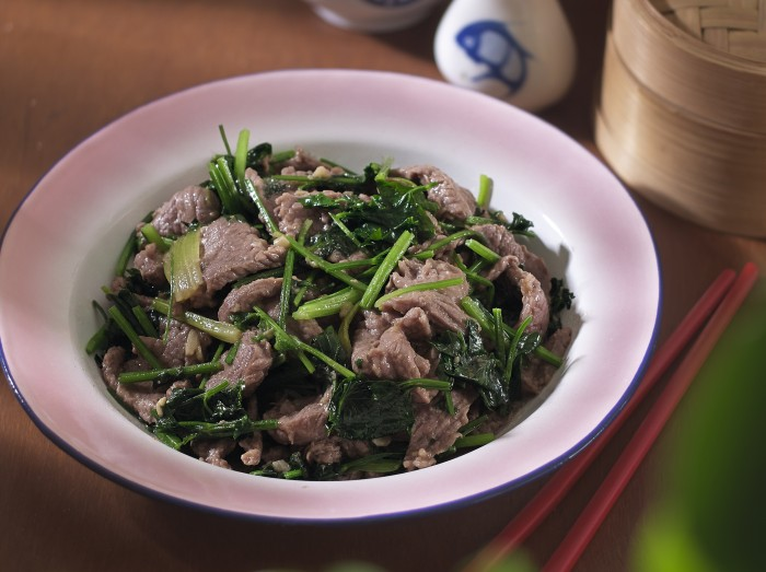 爸爸最爱的牛肉炒芹菜<br>Pa'S Favourite Beef With Chinese Celery