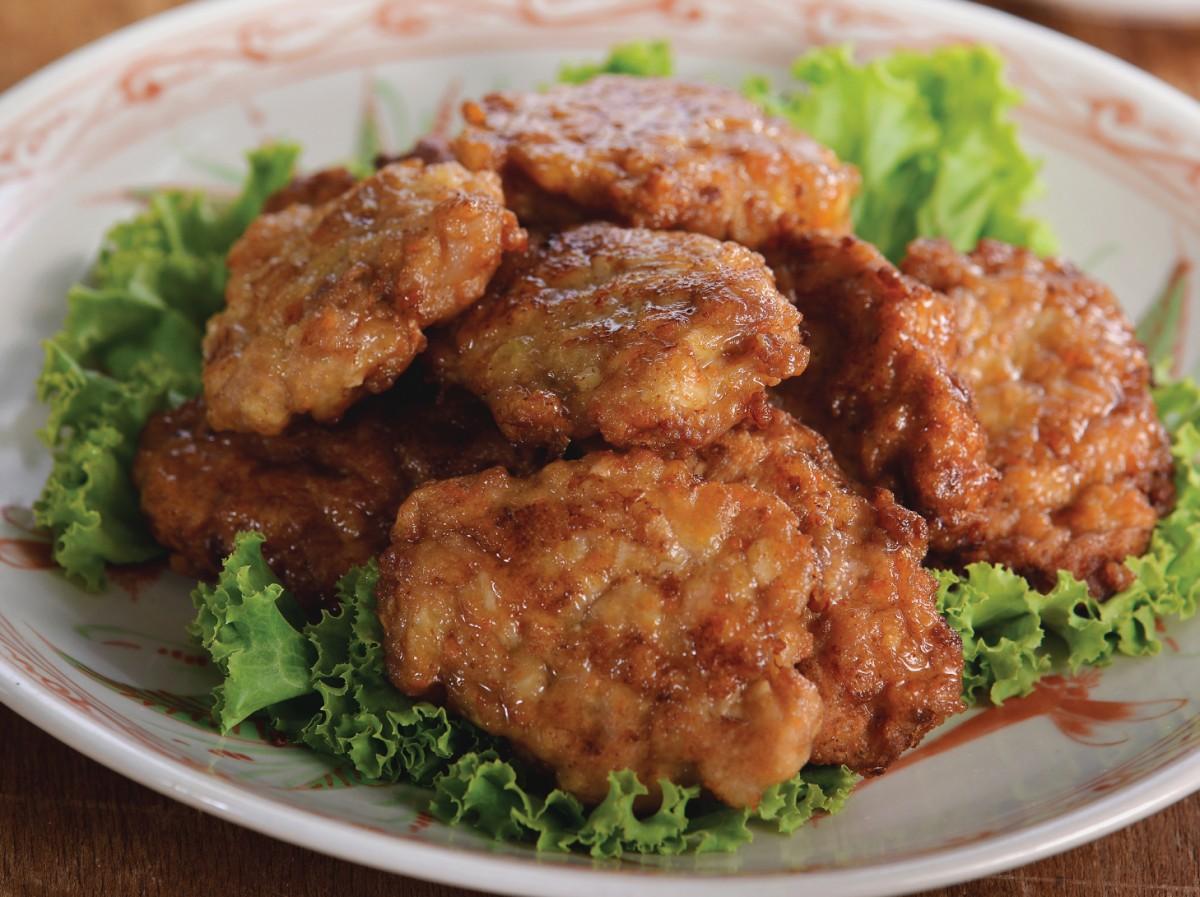 香煎鱼胶肉饼<br>Mixed Vegetables Fish and Meat Patties